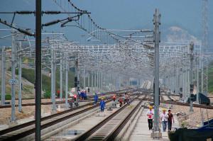 Ilustrasi Pembangunan Rel Kereta Api