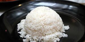 baik-buruk-nasi-putih