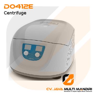 Economical Clinical Mini Centrifuge AMTAST D0412E