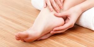 5-solusi-mengatasi-kaki-pecah-pecah-dan-pencegahannya